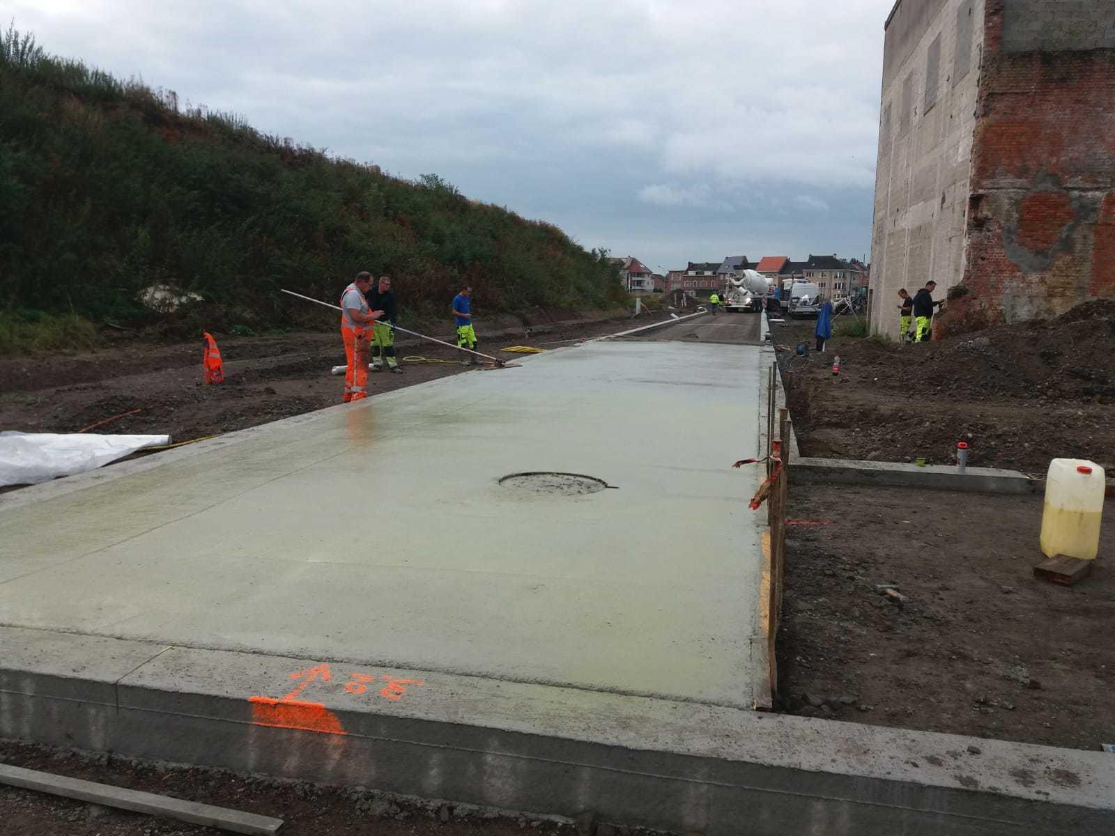 Uitwassen van beton in Willebroek